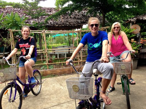 Loop Abroad Students on Bicycles